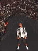 No interior de um tubo de lava