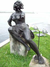 Principe-Asturias-Estatua2